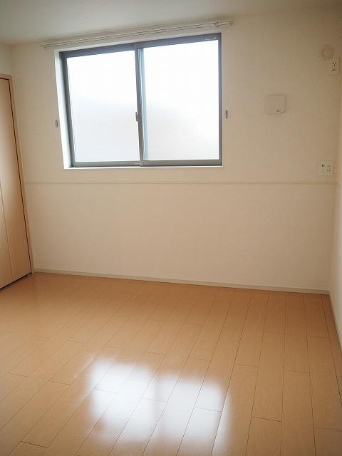 物件番号: 1110300119 サニーテラス  富山市上大久保字 2LDK アパート 画像4