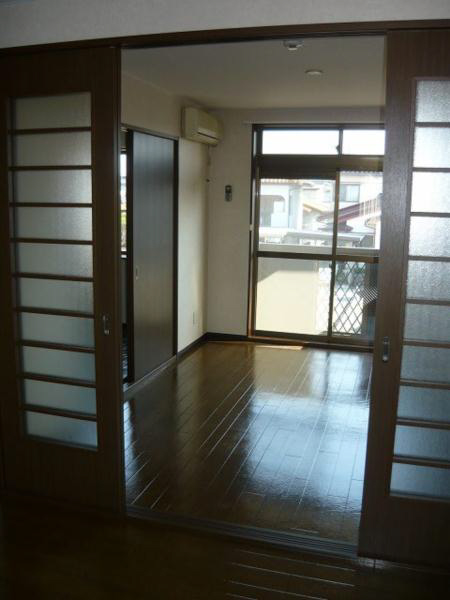 物件番号: 1110300132 アプリカード吟  富山市中冨居 2DK アパート 画像3