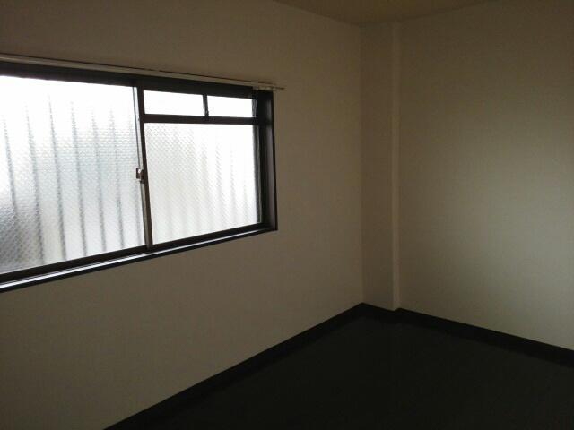 物件番号: 1110300211 エスタシオン  富山市堀 3DK マンション 画像2