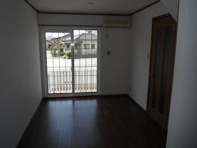 物件番号: 1110300227 グランディールⅡ  富山市山室荒屋 2LDK アパート 画像3