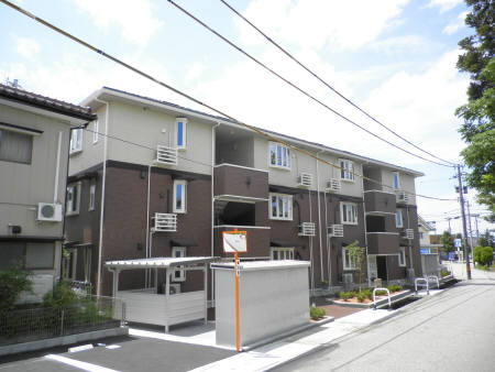 物件番号: 1110300272 アイリス・ハイツ  富山市山室 1LDK アパート 外観画像