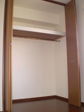 物件番号: 1110300596 グラン・フィールドB  富山市藤木 1LDK アパート 画像3