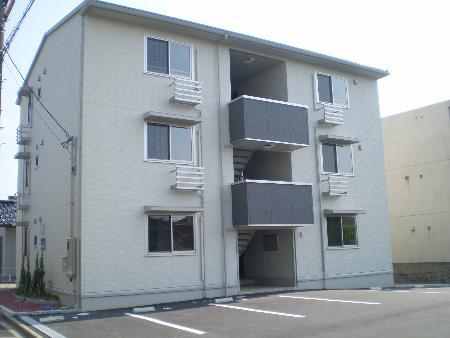 物件番号: 1110304957 アグリーブルⅡ  富山市大江干新町 2LDK アパート 外観画像