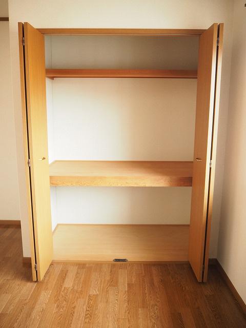 物件番号: 1110300684 グランディールⅢ  富山市山室荒屋 2LDK アパート 画像6