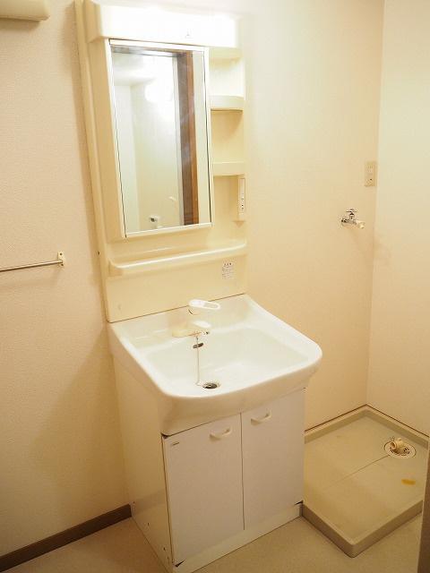 物件番号: 1110300684 グランディールⅢ  富山市山室荒屋 2LDK アパート 画像7