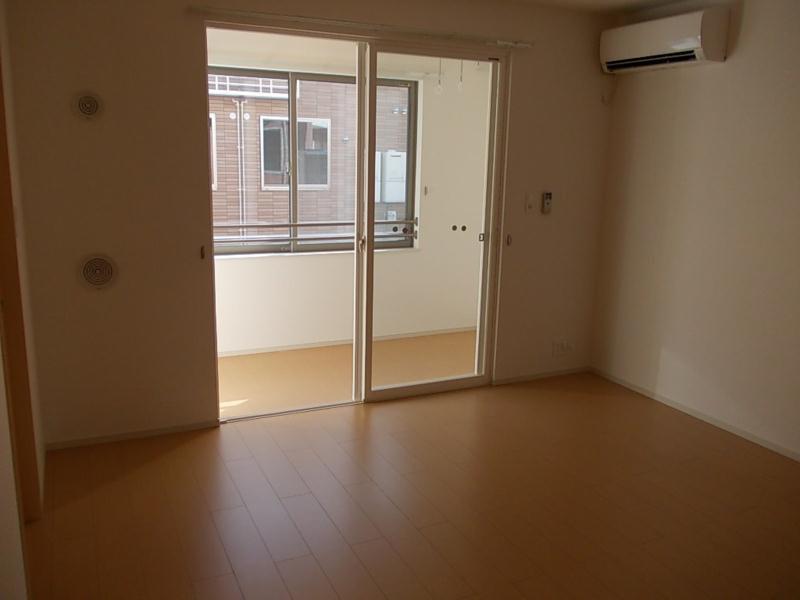 物件番号: 1110305487 ドゥ・ファミーユC  富山市常盤台 2LDK アパート 画像1