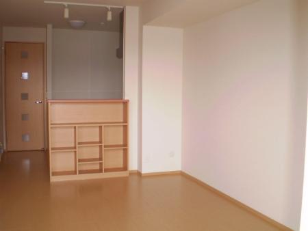 物件番号: 1110302269 メゾン グラーブル  富山市黒瀬 1LDK アパート 画像2