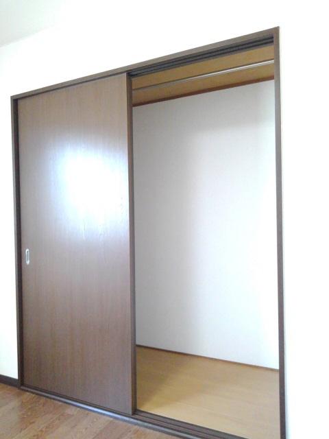 物件番号: 1110301241 ビューレンゲB  富山市上飯野 2LDK アパート 画像7