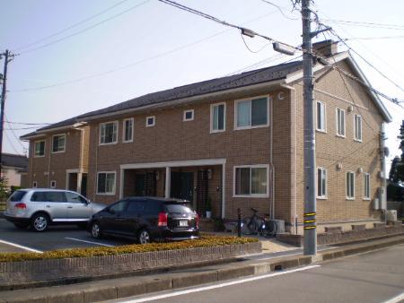 物件番号: 1110302914  富山市経田 2LDK アパート 外観画像