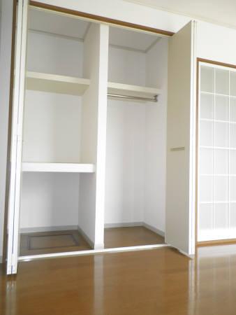 物件番号: 1110301595 セジュール山室  富山市山室 1K アパート 画像3