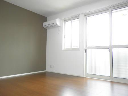 物件番号: 1110301660 ラ ルミエール  富山市一本木 1LDK アパート 画像2