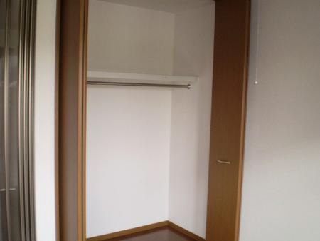 物件番号: 1110302275 リシェス・オカザキⅡ  富山市黒崎 1LDK アパート 画像4