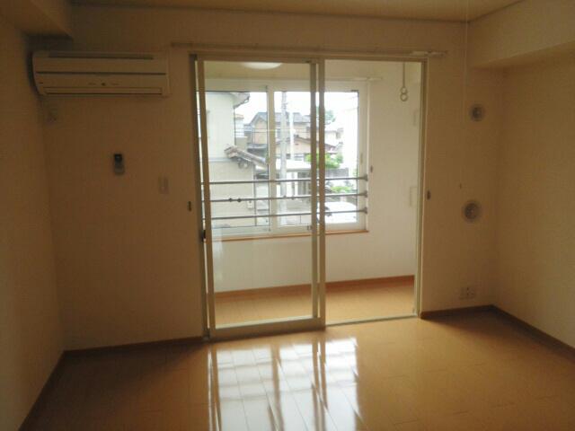 物件番号: 1110301867 クロンドールⅠ  富山市布瀬本町 1LDK アパート 画像8