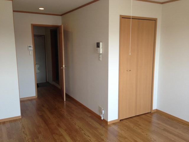 物件番号: 1110302108 アロマ・フォーレⅢ  富山市黒崎 1K アパート 画像3