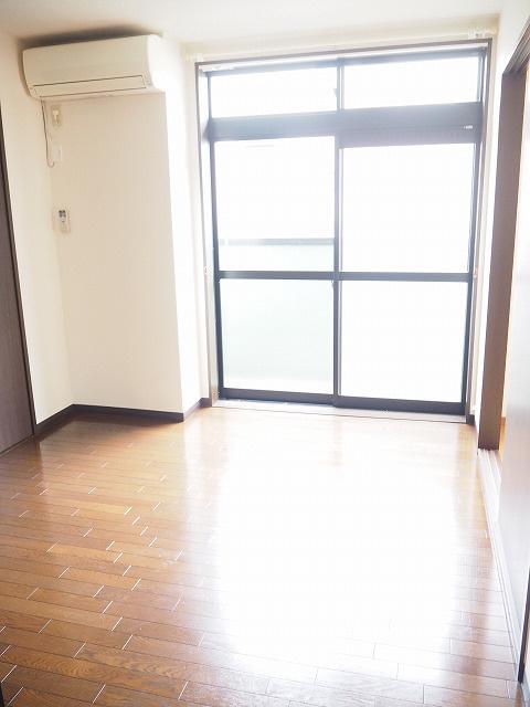 物件番号: 1110302139 ウイステリアB  富山市開 3DK アパート 画像1