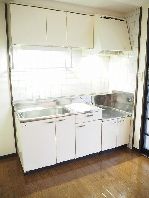 物件番号: 1110302139 ウイステリアB  富山市開 3DK アパート 画像2