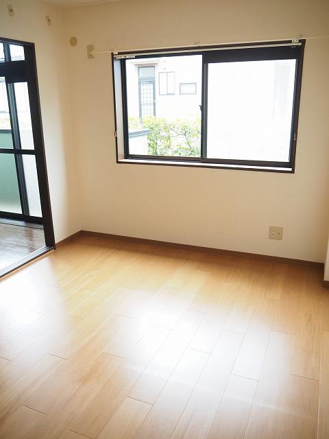 物件番号: 1110302139 ウイステリアB  富山市開 3DK アパート 画像4
