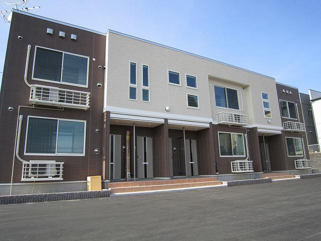物件番号: 1110307765 グランMIKI常盤台  富山市常盤台 2LDK アパート 外観画像