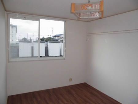 物件番号: 1110302443  富山市手屋2丁目 2LDK アパート 画像2