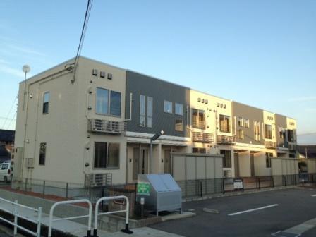 物件番号: 1110308472 グランMIKI手屋  富山市手屋1丁目 1LDK アパート 外観画像