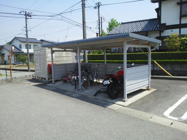 物件番号: 1110308875 プラートⅡ  富山市小原屋 2DK アパート 画像11