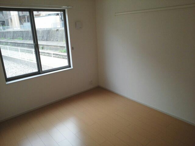 物件番号: 1110302800 ドゥ・ファミーユC  富山市常盤台 2LDK アパート 画像7