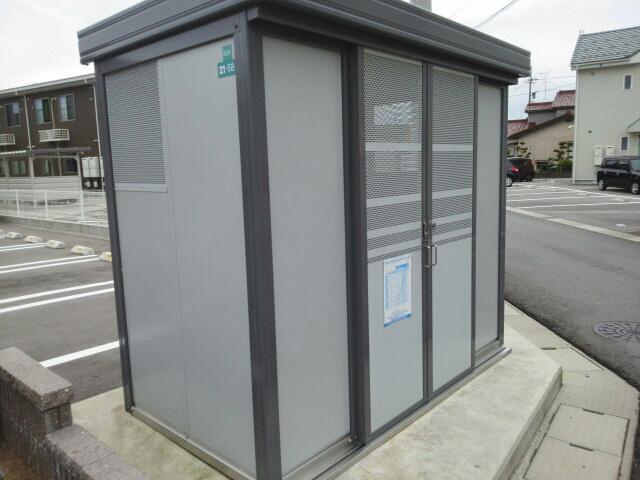 物件番号: 1110302800 ドゥ・ファミーユC  富山市常盤台 2LDK アパート 画像12