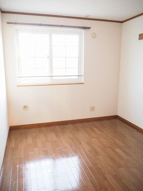 物件番号: 1110302844 カーサ・エクセレント  富山市水橋中村 2LDK アパート 画像7