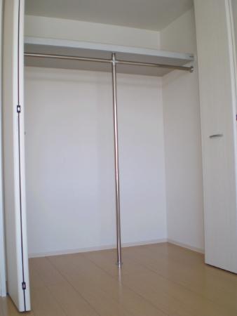 物件番号: 1110303013 ブランズコート  富山市大泉 1LDK アパート 画像3