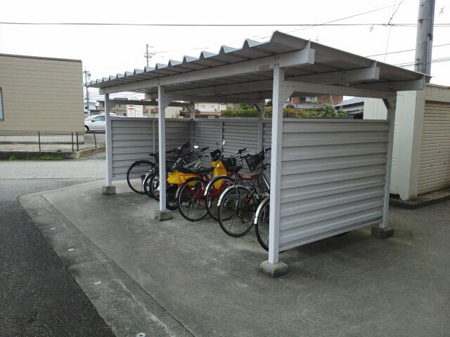 物件番号: 1110303069  富山市新庄町 1LDK マンション 画像11