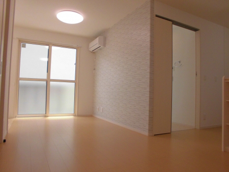 物件番号: 1110303083 D-room本郷新Ⅱ  富山市本郷新 1LDK アパート 画像1
