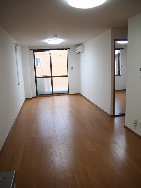 物件番号: 1110303120 グランディール  富山市山室荒屋 1LDK アパート 画像1