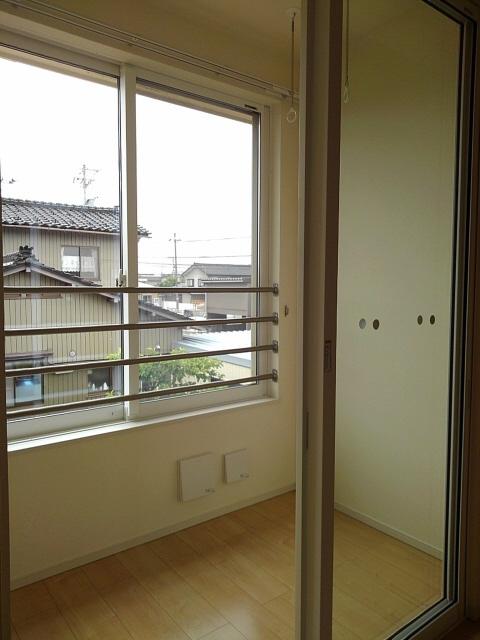 物件番号: 1110303344 アルモニーA  富山市赤田 2LDK アパート 画像5