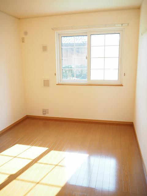 物件番号: 1110303569 エアリーガーデン  富山市有沢 1LDK アパート 画像1