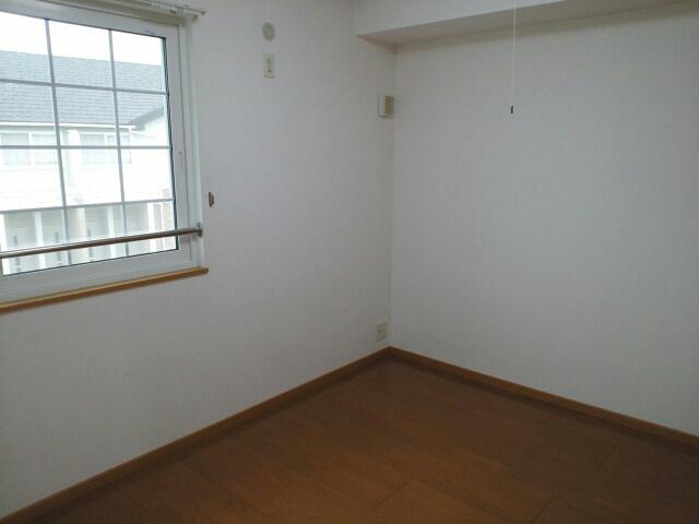 物件番号: 1110309060 ゼファーⅢ  富山市上大久保 1LDK アパート 画像1