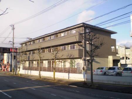物件番号: 1110308737 ロータス富山  富山市牛島町 1LDK アパート 外観画像