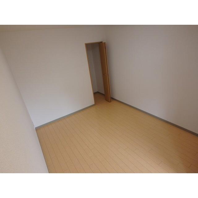 物件番号: 1110304771 ティンカーベル  富山市大島1丁目 2LDK マンション 画像4