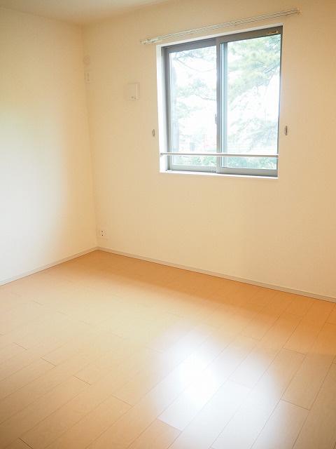 物件番号: 1110304774 グランMIKI常盤台Ⅱ  富山市常盤台 2LDK アパート 画像4