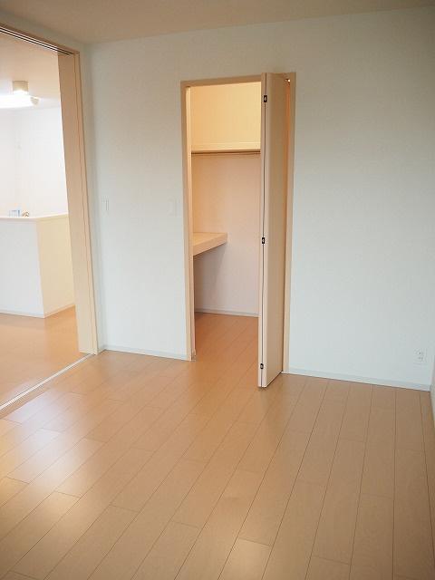 物件番号: 1110304774 グランMIKI常盤台Ⅱ  富山市常盤台 2LDK アパート 画像7