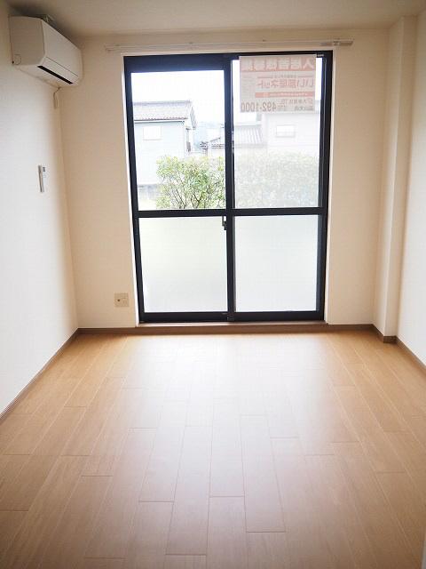 物件番号: 1110304902 クワット  富山市上大久保 2DK アパート 画像1