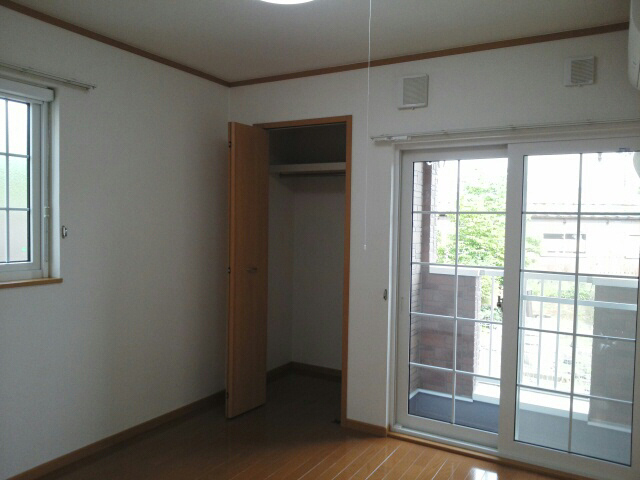 物件番号: 1110309213 サニーパティオⅡ  富山市長江4丁目 1K アパート 画像1