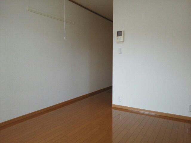 物件番号: 1110309213 サニーパティオⅡ  富山市長江4丁目 1K アパート 画像4