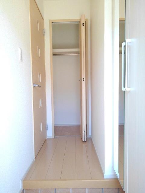 物件番号: 1110305487 ドゥ・ファミーユC  富山市常盤台 2LDK アパート 画像12