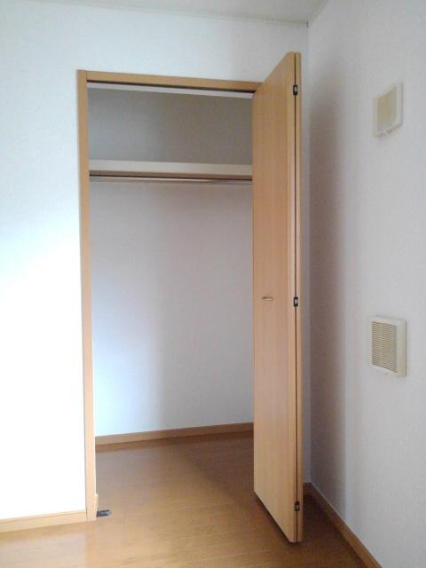 物件番号: 1110305535 アルティプラーノV  富山市有沢 2DK アパート 画像6