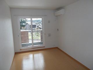 物件番号: 1110305715 サラール  富山市婦中町長沢 2LDK アパート 画像4