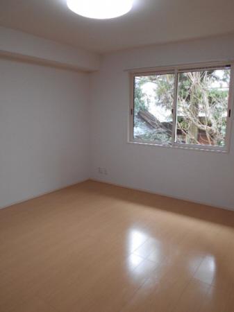 物件番号: 1110305738 ドゥ・プランタン  富山市上袋 1LDK アパート 画像4