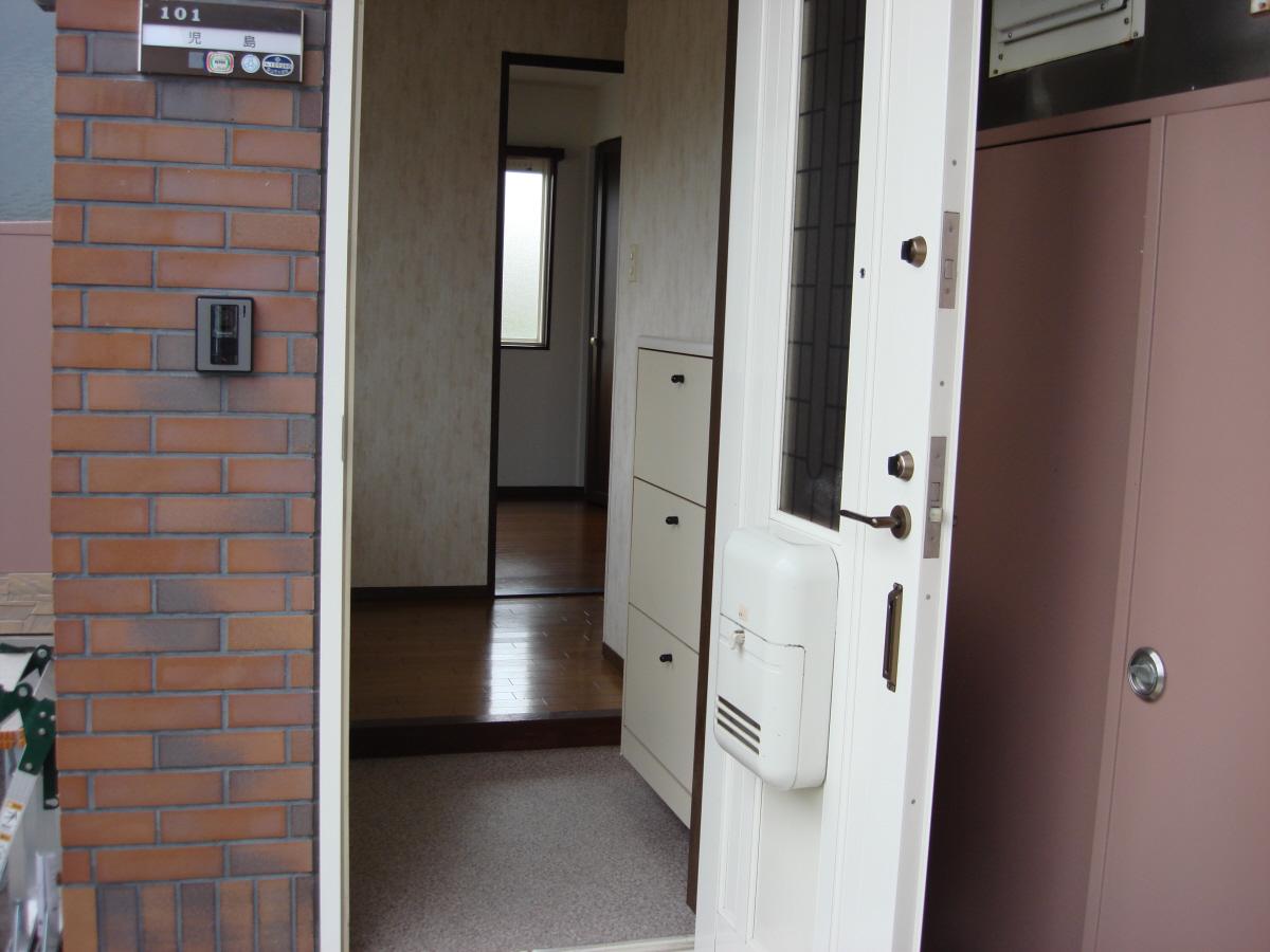 物件番号: 1110305802 ベルクレエ長江  富山市長江5丁目 2LDK アパート 画像1