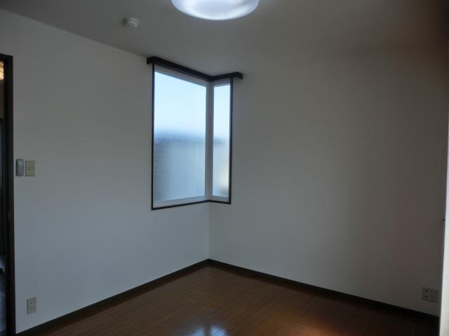 物件番号: 1110305802 ベルクレエ長江  富山市長江5丁目 2LDK アパート 画像11