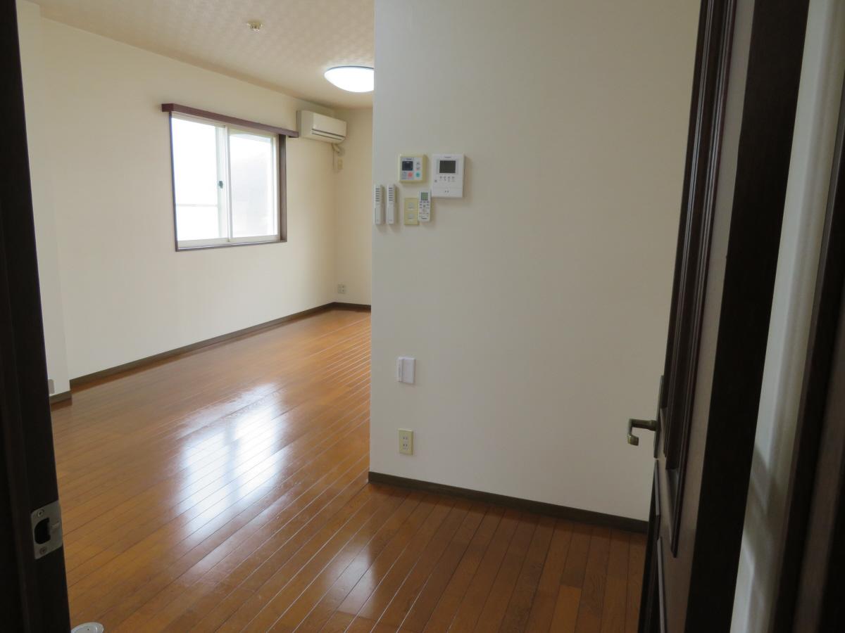 物件番号: 1110305802 ベルクレエ長江  富山市長江5丁目 2LDK アパート 画像5