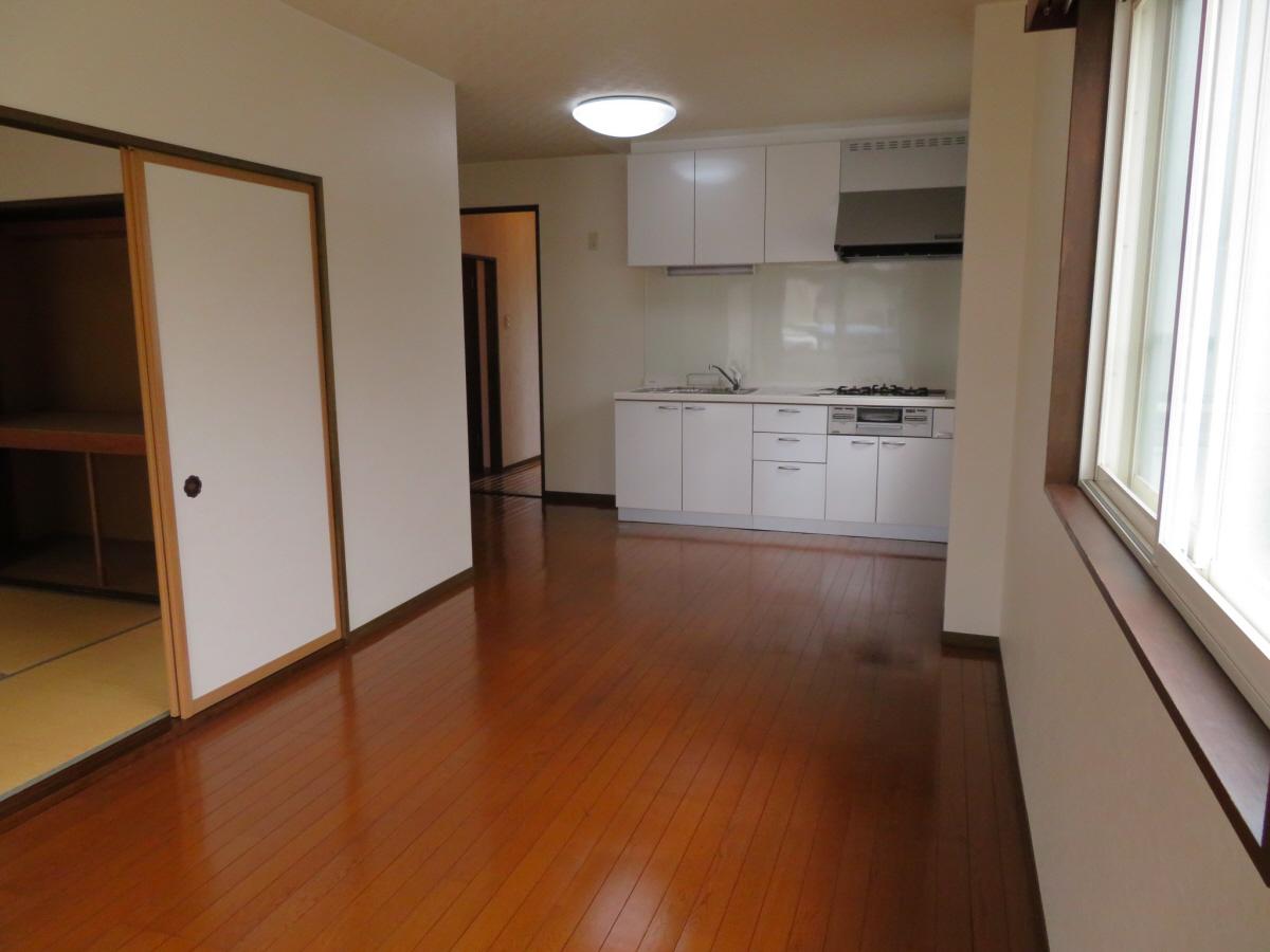 物件番号: 1110305802 ベルクレエ長江  富山市長江5丁目 2LDK アパート 画像8